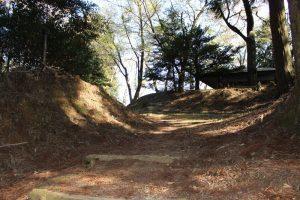 松尾山城の虎口