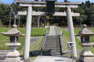 若宮八幡神社の入口