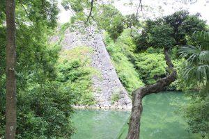 伊賀上野城の高石垣