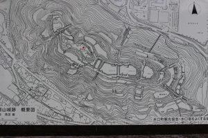 水口岡山城の地図