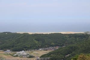 鳥取城から見た鳥取砂丘